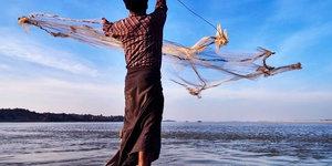 Irrawaddy Dolphins & Fishing - 2 days / 1 night